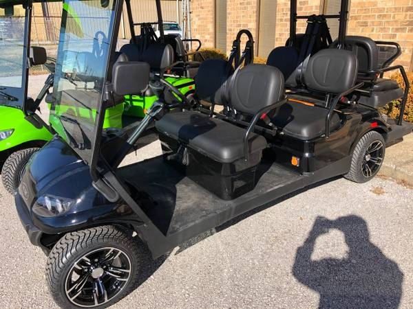 Black Six Seater Golf Cart For Rent in Destin
